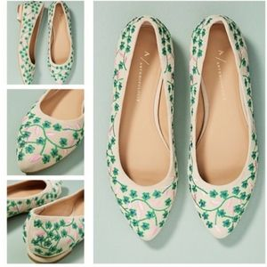 [NWT] Anthro | Embroidered Floral Vine Flats